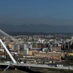 なぜそんなものがコゼンツァに? 超有名建築家による橋がオープンしました~